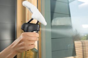 Funktionsweise der mitgelieferten Reinigungseinheit des Kärcher Fensterreinigers